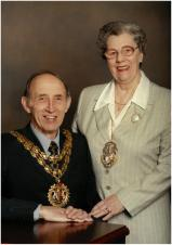 Tributes Paid to Former Mayor
